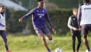"""Sambi Lokonga schudt Anderlecht wakker voor cruciaal duel met RC Genk: """"We trainen niet meer zoals het moet"""""""