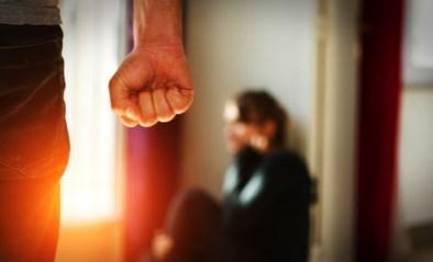 """Man moet alcoholprobleem aanpakken nadat hij zijn vrouw had gestoken: """"Verlies van zoon maakt het niet makkelijker"""""""