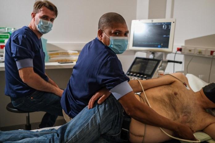 Congolese arts leert in Limburg hoe hij via echografie hartfalen kan opsporen
