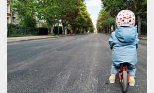 """Actiecomité wil dat plaatselijke overheid andere keuzes maakt: """"Gemeente verkiest 28 parkeerplaatsen boven veiligheid fietsers"""""""