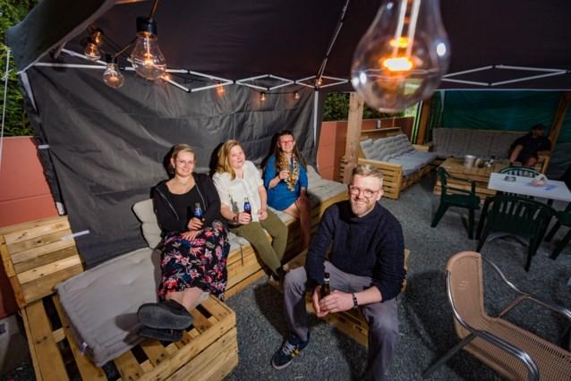 Nieuwe uitbaters maken van café Dio opnieuw De Steenbakkerij