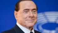 Italiaanse ex-premier Silvio Berlusconi opnieuw in ziekenhuis door coronabesmetting