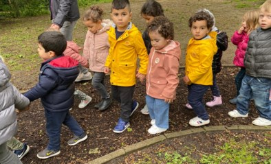Leerlingen GO! basisschool HIMO wandelen voor digitale kansen voor iedereen