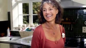 """Eva Bal (82), de moederkloek van de Vlaamse acteurswereld, is niet meer: """"Zonder corona was er vijfduizend man op haar begrafenis geweest"""""""
