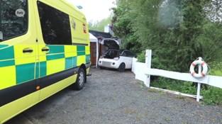 Inzittenden in shock na ongeval op parking café