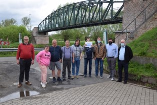 Eetfestijn levert 2.000 euro op voor Schoonderhage vzw