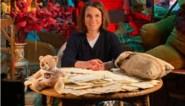 """Siska Schoeters blaast 'De droomfabriek' nieuw leven in: """"Gele briefkaarten? Plots besef je weer hoe traag de wereld ooit was"""""""
