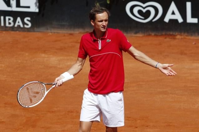 """Terwijl Goffin afgaat, maakt nummer twee van de wereld Medvedev er een circus van in Rome: """"Ik wil hier niet zijn"""""""
