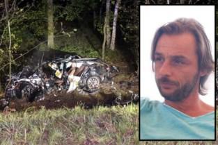 """Partijtje padel eindigt in drama voor gezin na crash op E40: """"Maxime (19) zag zijn vader naast zich sterven"""""""