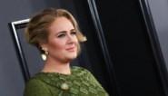"""Adele verliest vader: """"Ze voelt zich bevrijd"""""""