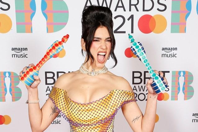 Dua Lipa domineert zeer vrouwelijke editie van de Brit Awards, Taylor Swift schrijft geschiedenis