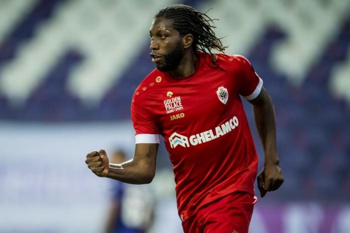 ONZE PUNTEN. Dieumerci Mbokani benadert perfecte score, defensie Anderlecht ziet af