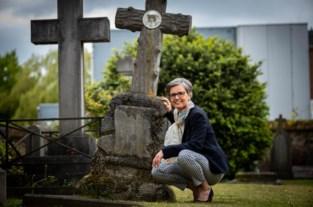 Hasseltse vindt graf van overgrootmoeder en wil het in ere herstellen