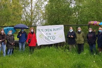 """Nieuwe tennishal vlakbij de Damvallei botst op protest: """"Dit is een kaakslag voor bewuste burgers"""""""