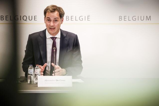"""Premier De Croo verdedigt versoepelingen: """"We moeten meer vertrouwen hebben in mensen"""""""