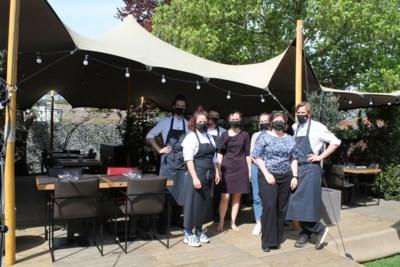 """'t Vijfde Seizoen verhuist naar 't Buitenseizoen: """"Alle tafels van het restaurant staan nu in de tuin"""""""