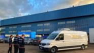 Kompany en Van den Brom woedend na farce met VAR-busje, Referee Department legt schuld bij externe firma