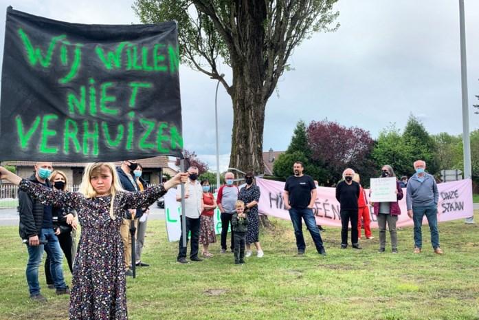 """Limburg protesteert tegen de leidingstraat: """"Wij willen niet verhuizen"""""""
