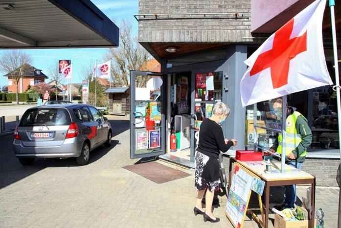 Rode Kruis verkocht 6.834 stickers
