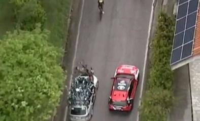 Pieter Serry pardoes onderuit geramd door onoplettende ploegleider van BikeExchange