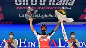 """Caleb Ewan na tweede ritzege in de Giro: """"Mijn benen waren helemaal aan het branden op het eind"""""""