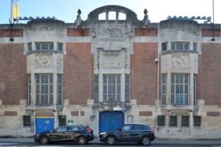 Art-decogevel van stadion Union wordt gerestaureerd