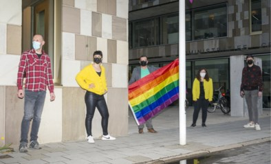 Regenboogvlag op Internationale Dag tegen Homo- en Transfobie