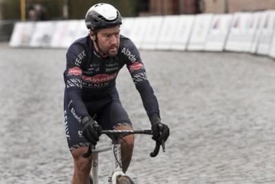 """Debuterende Laurens De Vreese: """"Zware kost, deze mengeling van Parijs-Roubaix en Strade Bianche"""""""