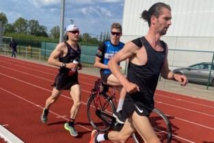 Pamphiel loopt marathon... op atletiekpiste