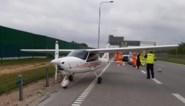 Vliegtuig maakt noodlanding op de snelweg in Polen