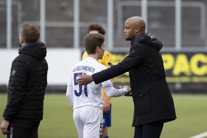 """Vincent Kompany zet druk op management van Verschaeren: """"Yari is hier thuis. Hij weet het, ik weet het, nu nog zijn entourage"""""""