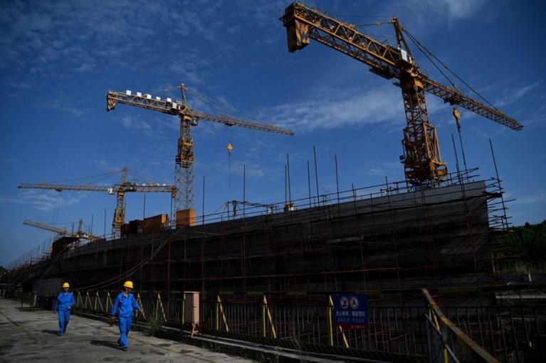 Titanic komt boven water in China: levensechte replica van 260 meter lang moet miljoenen toeristen lokken