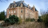 Vlaanderen koopt voor 1 euro kasteel dat ten onder ging aan ruzie tussen twee broers: in plaats van lekken te herstellen, kochten ze emmers om eronder te zetten