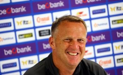 """John van den Brom wijzigt basiself niet voor trip naar Anderlecht: """"Iedereen is nog fris en gretig"""""""