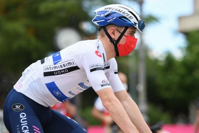 """Zondag aankomst op onverharde skipiste, Remco Evenepoel is geen fan: """"De Giro heeft dit niet nodig"""""""