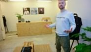Troubadour wordt marchand: Tourist LeMC opent eigen pop-upwinkel in Antwerpen