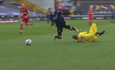 Club Brugge kreeg een strafschop na deze ingreep van Antwerp-doelman Butez op Noa Lang: terecht of niet?