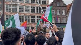 """Duizendtal mensen samen in Gent om Palestijnen te steunen: """"Niet toegelaten, maar wordt gedoogd"""""""