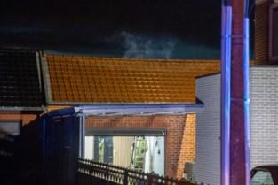 Brandweer rukt uit voor brandje in achterbouw in Hoeselt