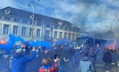 Honderden fans ontvangen spelersbus Club Brugge voor de match tegen Antwerp