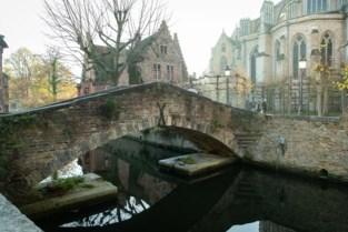 Brugge lokt toeristen met welkomstpakketten