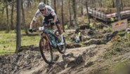 """Mathieu Van der Poel na pandoering van Tom Pidcock in de mountainbike: """"Met nog wat training hopelijk top op Spelen"""""""
