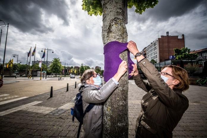 240 regenbooglapjes rond Groene Boulevard vragen aandacht voor homo- en transfobie