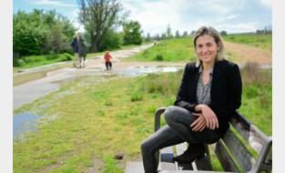 """Vijf jaar geleden werd proftriatlete Sofie Goos tijdens training in park zomaar aangevallen met mes: """"Mijn nier was letterlijk aan flarden gestoken"""""""