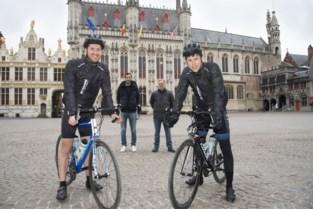 """Tijs en Jelle moeten fietsrit voor goed doel uitstellen na zware val: """"Maar we geven niet op"""""""