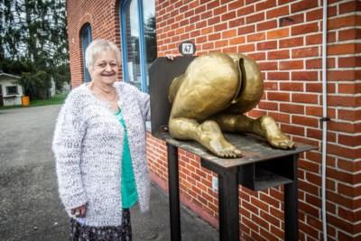 Het verhaal achter de meest gênante brievenbus van Vlaanderen ... en de vrouw die ze inspireerde