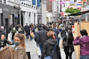 Deze stad krijgt nogal veel (soms ongemanierde) Fransen over de vloer, en daar zijn handelaars niet blij mee