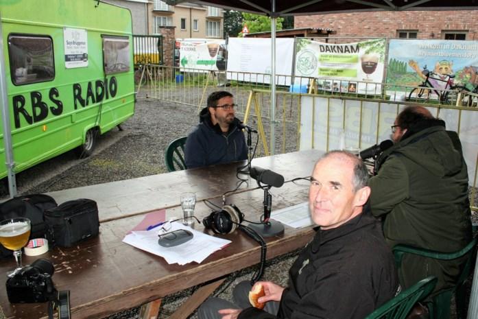 Radio Daknam brengt leven in de brouwerij