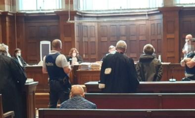 """Verwarde man riskeert vijf jaar cel voor moordpoging op ex-schoonvader, maar… """"Proces is groot complot tegen mij"""""""
