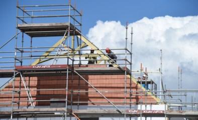 """Bouwsector verwacht dat nieuwbouw en renovatie nog duurder worden: """"Einde van hogere prijzen voor bouwmaterialen nog helemaal niet in zicht"""""""